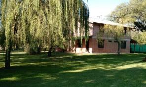 Complejo de 5 cabañas y 1 duplex en San Huberto